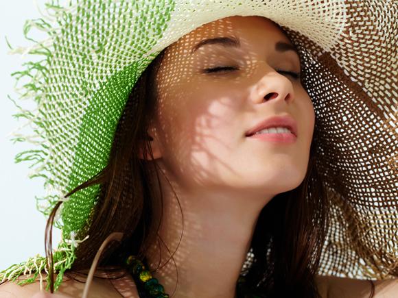 頭皮の日焼け予防法と日焼け後の対処法。正しいケアで健やか頭皮に