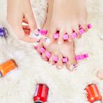 足の爪のお手入れ方法の記事のトップ画像